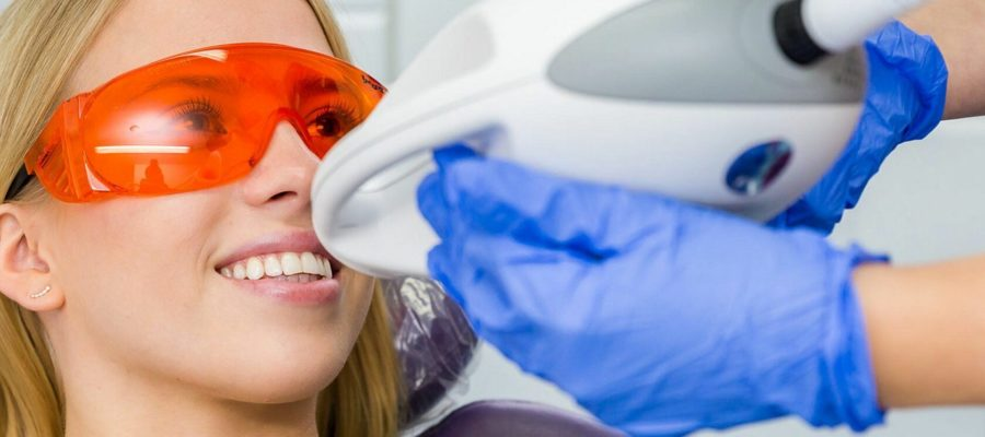 otbelivanie-zubov-zoom4-medicor-1-s
